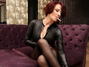 mature women smoking cams